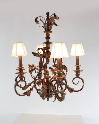 Scrolled Chandelier with Acanthus Leaf Motif